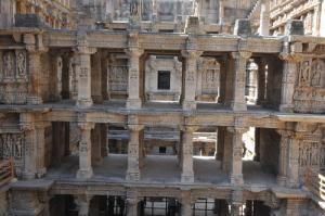 Rani-ki-Vav (le puits à degrés de la Reine) à Patan, Gujarat